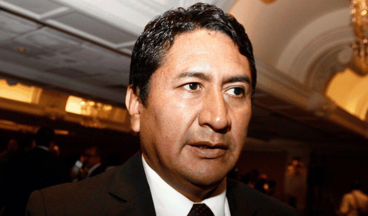 Los contratos de Vladimir Cerrón y los (otros) Quispe Palomino | IDL Reporteros